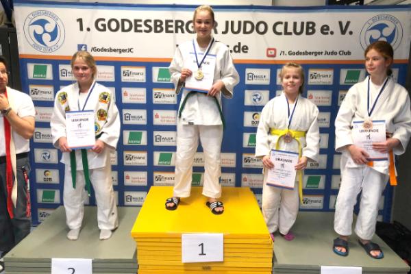 Maja & Mia gewinnen die Nordrheinmeisterschaft